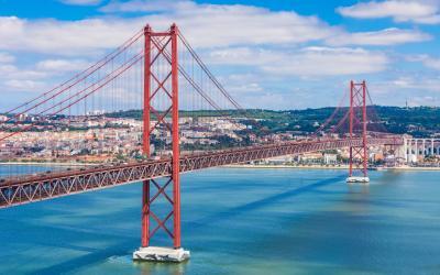 Lisabona Abril Bridge