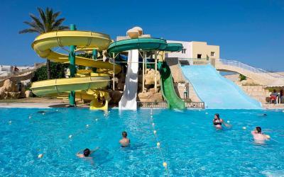 Tunisas. Houda Golf & Beach Club. Vandens kalneliai