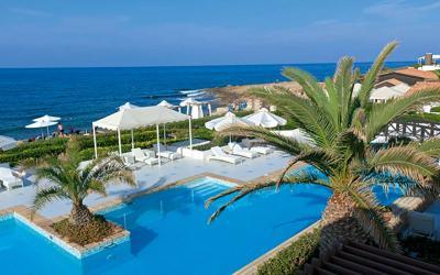 graikija-kreta-aldemar-royal-beach-resort-baseinas prie juros