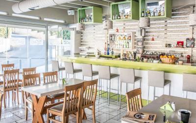 graikija-kreta-ANNA Maria-Lounge bar