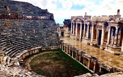 Turkija. Pamukalė. Hierapolis. Amfiteatras