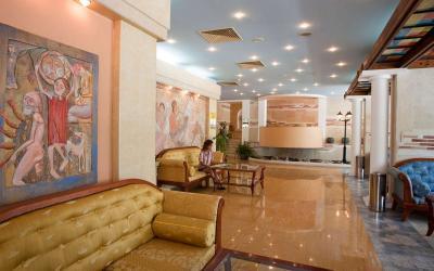 bulgarija-sunny-beach-Bellevue-hotel-looby2