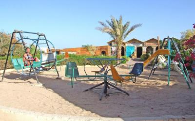 egiptas-hurgada-King-tut-aqua-park-beach-resort-play ground