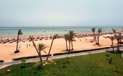 egitas-sarm el sheikh-nabk-bey-regency-plaza-aquapaek-spa-resort-Beach-Overview 2