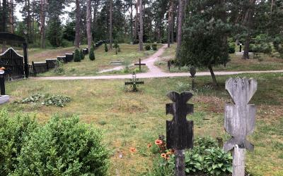 Nidos senosios kapinės