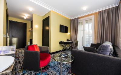 Amsterdam Plaza (Superior room)