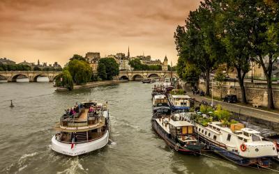 Prancūzija. Paryžius. Palukimas Senos upe