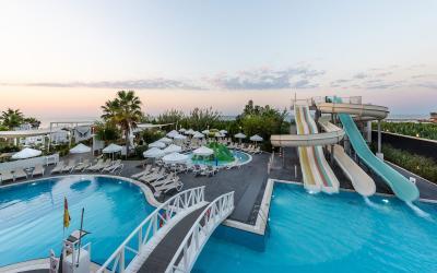 Turkija. Alanija. White City Resort