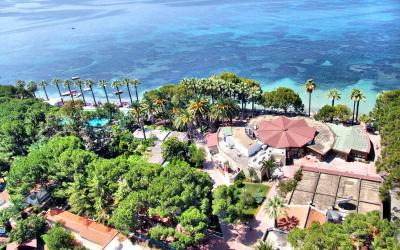 Turkija. Kušadasis. Omer Holiday Resort