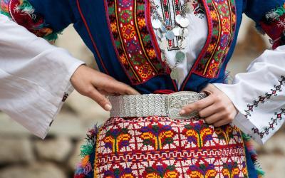 Bulgariški tautiniai kostiumai