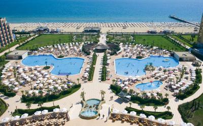 bulgarija-sunny-beach-dit-majestic-beach-resort-pool sea