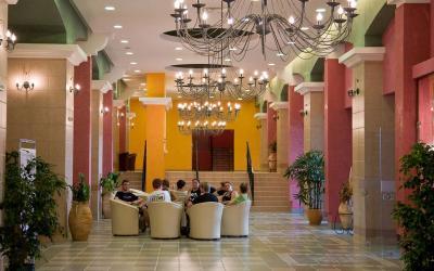 bulgarija-sunny-beach-Hrizantema-hotel-lobby