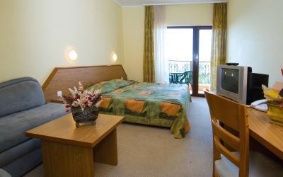 bulgarija-sunny-beach-Hrizantema-hotel-RoomView1