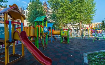 bulgarija-sunny-beach-Imperial-Resort-kids-play-ground