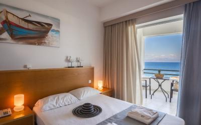 Graikija. Peloponesas. Niforeika Beach Hotel & Bungalows