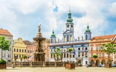 Smsono fontanas ir rotušė, Česke Budejovic