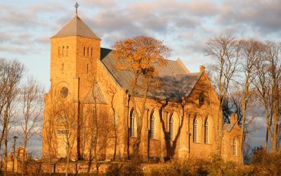 Veprių Švč. Mergelės Marijos Rožančiaus Karalienės bažnyčia