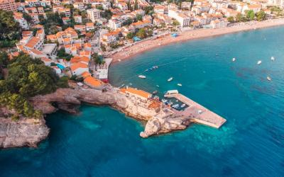 Juodkalnija. Petrovaco paplūdimys